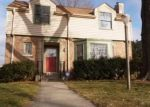 Foreclosed Home en W TOWNSEND ST, Milwaukee, WI - 53216