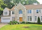 Foreclosed Home en STONE WALL DR, Stamford, CT - 06905