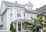 Foreclosed Home en IRANISTAN AVE, Bridgeport, CT - 06605