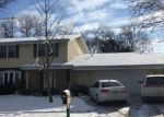 Foreclosed Home en HILL VALLEY CT, Greendale, WI - 53129