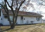 Foreclosed Home en CARDIFF RD, Fairless Hills, PA - 19030
