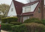 Foreclosed Home en 219TH ST, Queens Village, NY - 11429