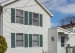 Foreclosed Home en 4TH AVE, West Haven, CT - 06516