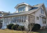 Foreclosed Home en S 35TH ST, Milwaukee, WI - 53215