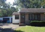 Foreclosed Home en COUNTY ROAD B E, Saint Paul, MN - 55109