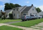 Foreclosed Home en BURNSFORD AVE, Bridgeport, CT - 06606