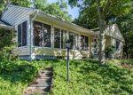 Foreclosed Home en LYDALE PL, Meriden, CT - 06450