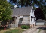Foreclosed Home en E MEDILL AVE, Melrose Park, IL - 60164