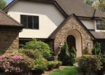 Foreclosed Home en LORD DAVIS LN, Avon, CT - 06001