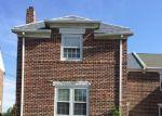 Foreclosed Home en YEADON AVE, Lansdowne, PA - 19050