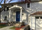 Foreclosed Home en HARDING ST, Norwalk, CT - 06854