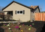 Foreclosed Home en YREKA AVE, Sacramento, CA - 95822