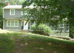 Foreclosed Home en SACHEM RD, Seymour, CT - 06483