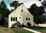 Foreclosed Home en CARNATION AVE, Baldwin, NY - 11510