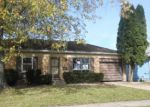 Foreclosed Home en STOWELL AVE, Streamwood, IL - 60107