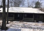 Foreclosed Home en PINE HILL RD, Sterling, CT - 06377