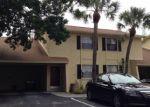 Foreclosed Home en LA MESITA CT, Tampa, FL - 33615