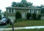 Foreclosed Home en HIGH TOP CIR W, Hamden, CT - 06514