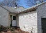 Foreclosed Home en HORIZON AVE, Willimantic, CT - 06226