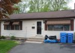 Foreclosed Home en LAKE AVE, Bristol, CT - 06010