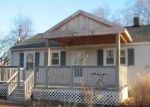 Foreclosed Home en CLARK HILL RD, Prospect, CT - 06712