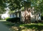 Foreclosed Home en BEATRICE AVE, Danielson, CT - 06239