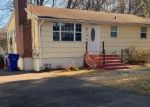Foreclosed Home en PACKARD ST, Bloomfield, CT - 06002