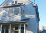 Foreclosed Home en GRAND ST, Middletown, CT - 06457
