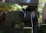 Foreclosed Home in TOWNE HOUSE RD, Hamden, CT - 06514