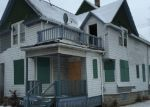 Foreclosed Home en W VLIET ST, Milwaukee, WI - 53208