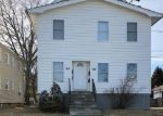 Foreclosed Home en TREMONT AVE, Bridgeport, CT - 06606