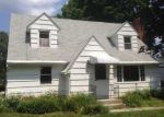 Foreclosed Home en MIXVILLE RD, Cheshire, CT - 06410