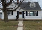Foreclosed Home en MENOMONEE AVE, South Milwaukee, WI - 53172