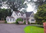Foreclosed Home en ORCHARD HILL RD, Norwalk, CT - 06851