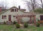 Foreclosed Home en HIDEAWAY LN, Norwalk, CT - 06851
