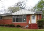 Foreclosed Home en SHERRY LN, Chicago Heights, IL - 60411
