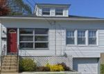 Foreclosed Home en PERRY AVE, Norwich, CT - 06360