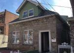 Foreclosed Home en E 216TH ST, Bronx, NY - 10467
