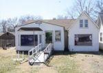 Foreclosed Home en CHAUDET AVE, East Saint Louis, IL - 62206