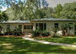Foreclosed Home en LAKEWOOD DR, Seffner, FL - 33584