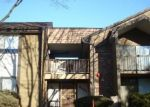 Foreclosed Home en N SERVITE DR, Milwaukee, WI - 53223