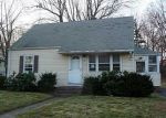 Foreclosed Home in W SIDE DR, Hamden, CT - 06514