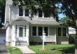 Foreclosed Home en TERRY PL, Bridgeport, CT - 06606