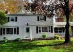 Foreclosed Home en SILVER LN, Enfield, CT - 06082