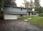 Foreclosed Home en HOLLAND RD, Southampton, PA - 18966