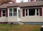 Foreclosed Home en DECICCO RD, Waterbury, CT - 06705