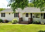 Foreclosed Home en METCALF RD, Tolland, CT - 06084