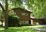 Foreclosed Home en N CHADWICK RD, Milwaukee, WI - 53217