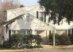 Foreclosed Home en NICHOLS AVE, Shelton, CT - 06484