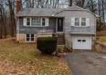 Foreclosed Home en CULVER ST, Newington, CT - 06111